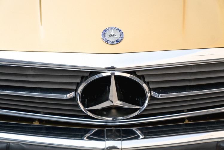 1972 Mercedes-Benz 350 SLC 16