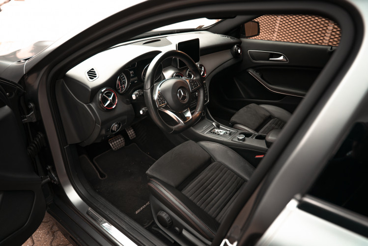 2015 Mercedes-Benz GLA AMG 45 20