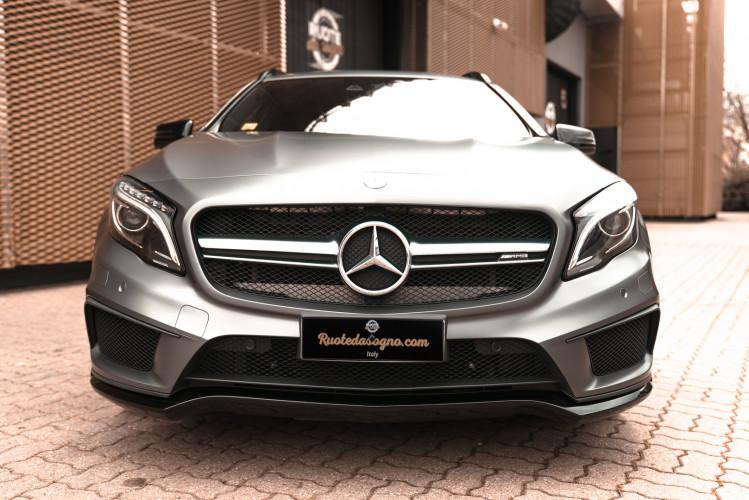 2015 Mercedes-Benz GLA AMG 45 1