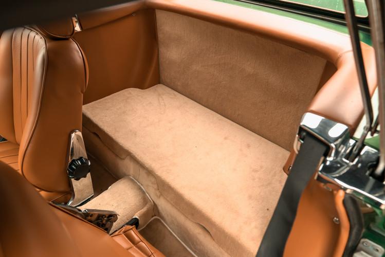 1986 Mercedes-Benz SL 300 32