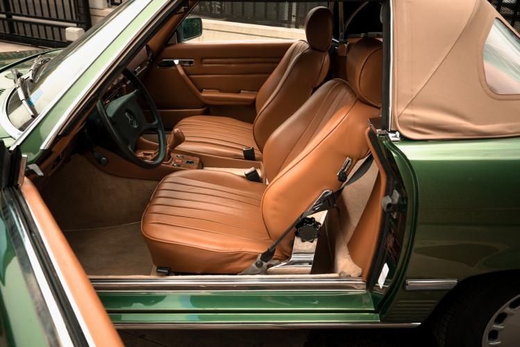 1986 Mercedes-Benz SL 300 16