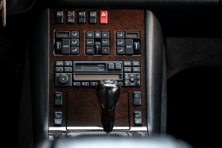 1995 Mercedes-Benz S500 Coupé 29