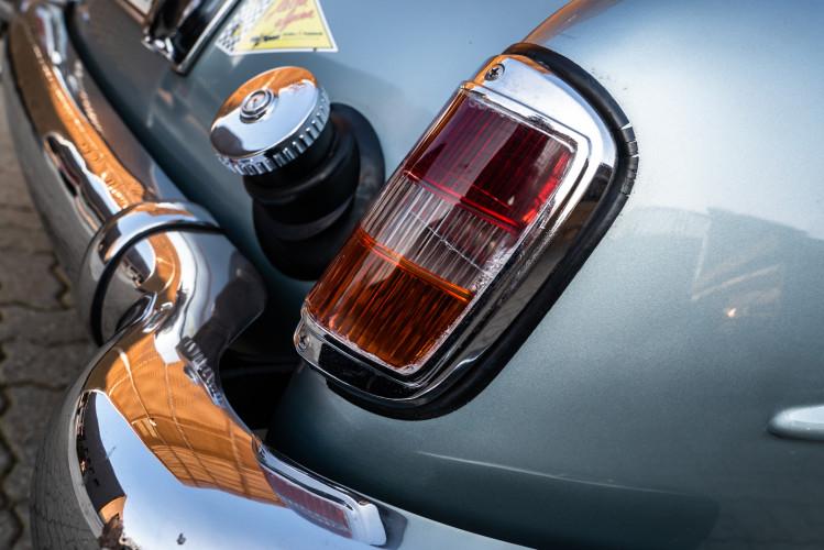 1956 Mercedes-Benz 190 SL 33