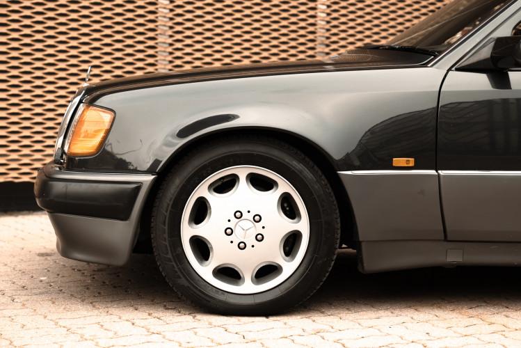 1992 Mercedes-Benz 500 E 6