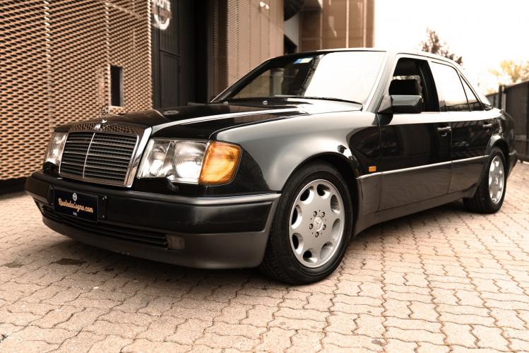 1992 Mercedes-Benz 500 E 0