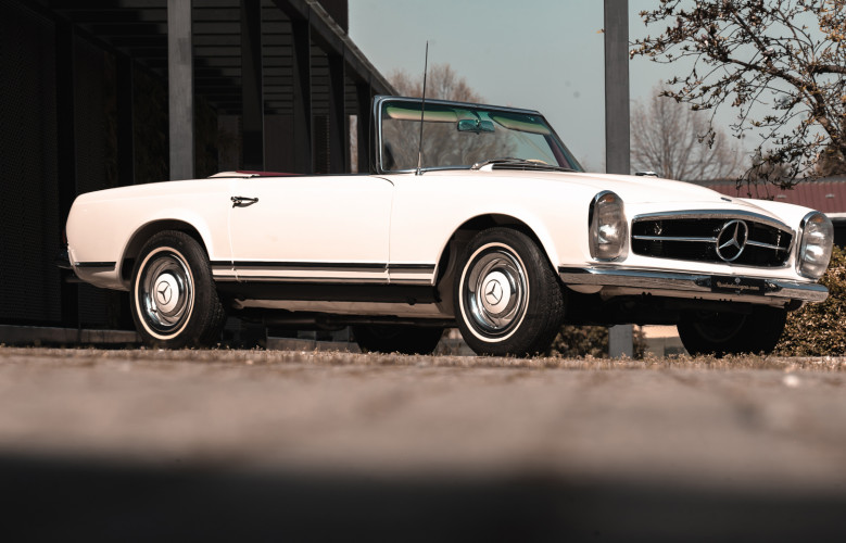 1966 Mercedes-Benz SL 230 Pagoda 8