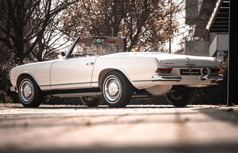 1966 Mercedes-Benz SL 230 Pagoda 4