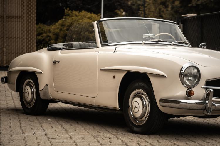 1958 Mercedes-Benz 190 SL 17