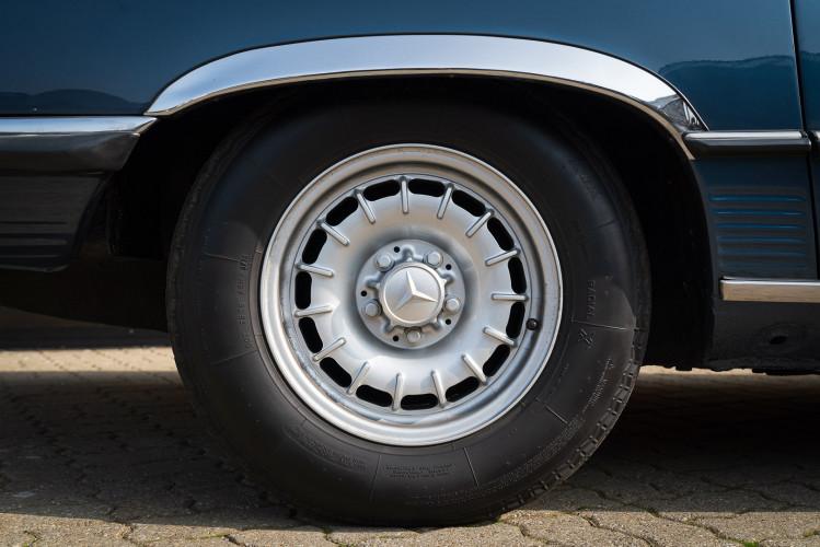 1979 Mercedes-Benz SL 500 37
