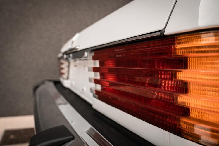 1985 Mercedes-Benz SL 560 13