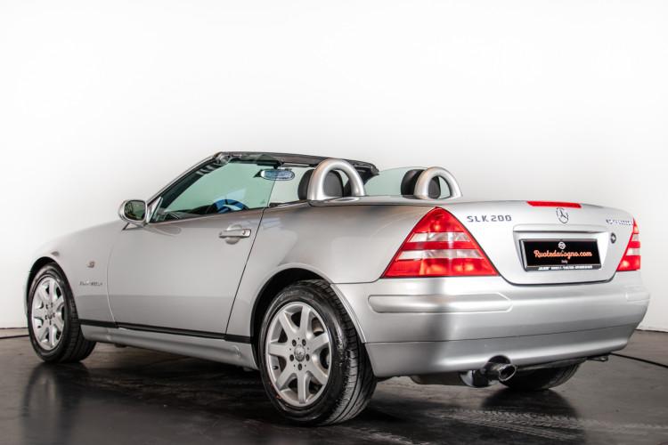 2000 Mercedes-Benz SLK 2