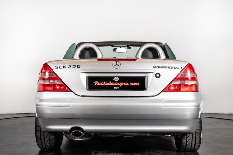 2000 Mercedes-Benz SLK 3