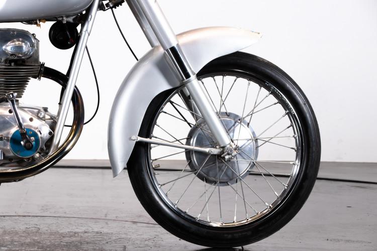 1956 MONDIAL 200 29