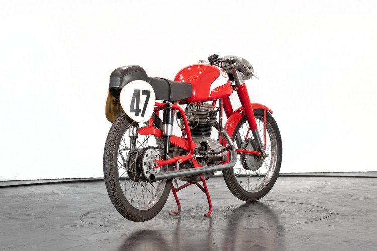 1956 Mondial Champion Lusso 175 5