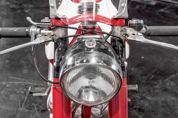 1957 Moto Morini 175 19