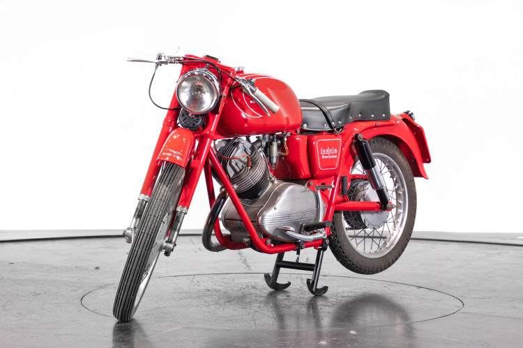 1959 Moto Guzzi Lodola 235 GT 1