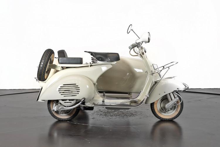 1955 Piaggio Vespa Struzzo Sidecar 2