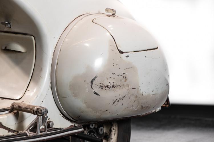 1956 Piaggio Vespa 150 VL3T 9