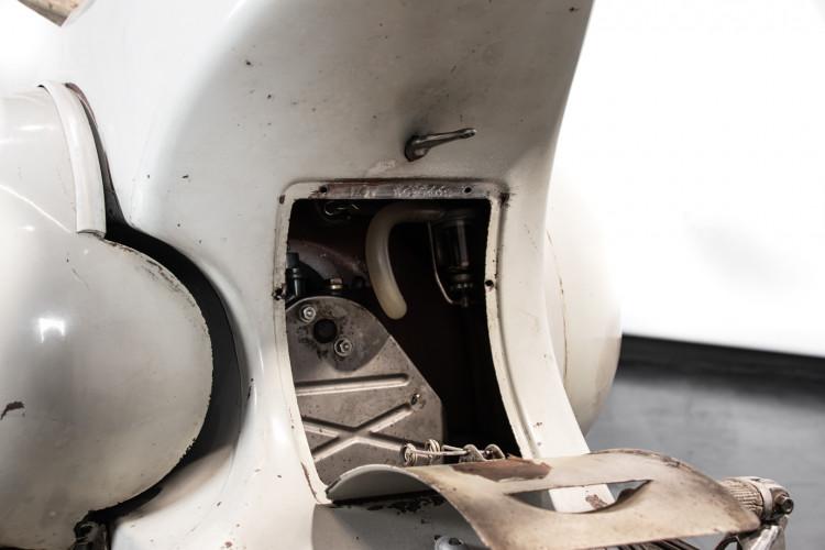 1956 Piaggio Vespa 150 VL3T 32
