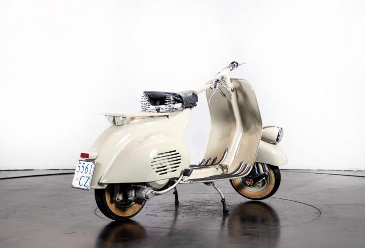 1953 Piaggio Vespa 125  5