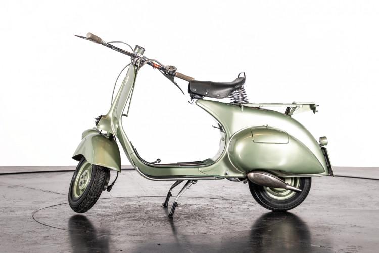 1950 Piaggio Vespa 125 V15 1