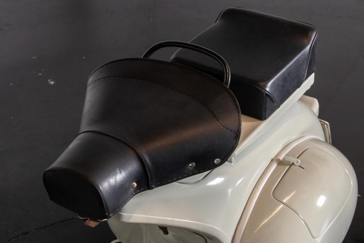 1956 PIAGGIO VESPA 150 STRUZZO 4