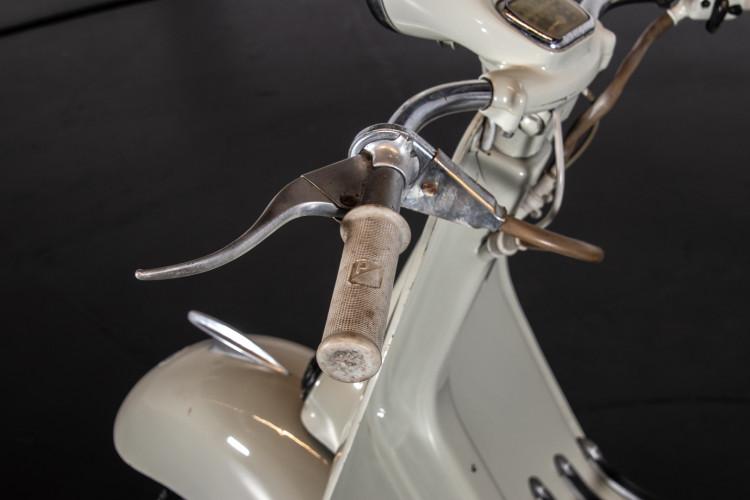 1956 PIAGGIO VESPA 150 STRUZZO 5