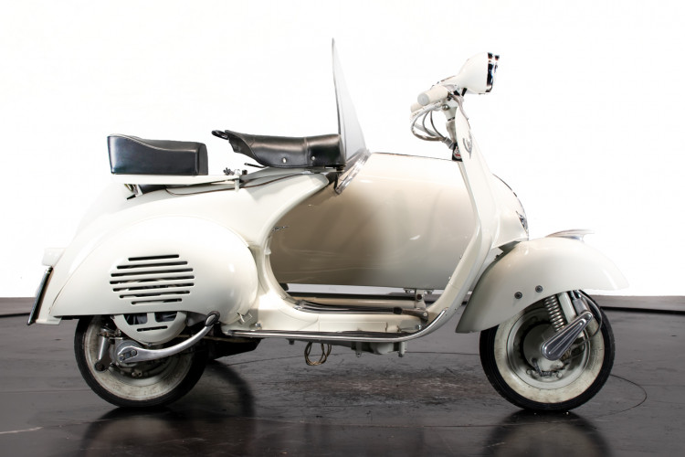 1956 PIAGGIO VESPA 150 SIDECAR VL3 4