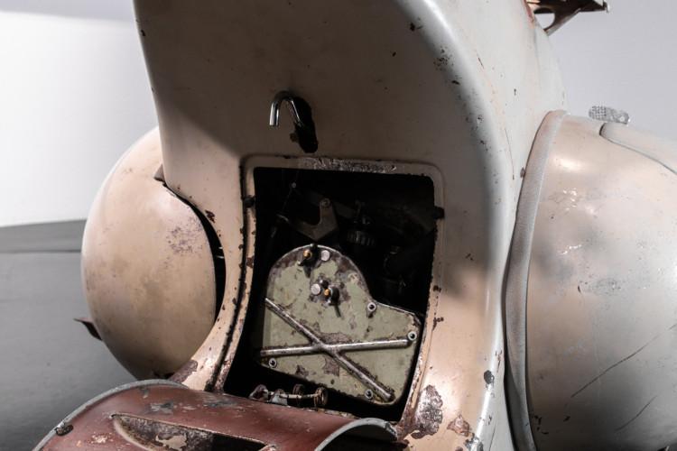 1950 Piaggio Vespa 125 13