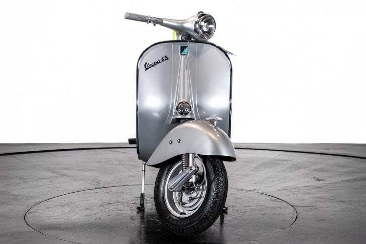 1958 Piaggio Vespa GS 150 2