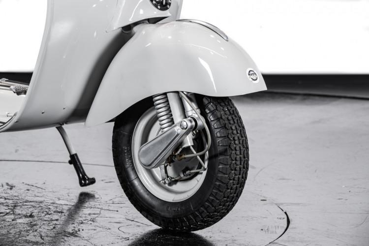 1958 Piaggio Vespa 125 30