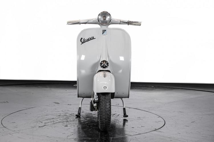 1958 Piaggio Vespa 125 2