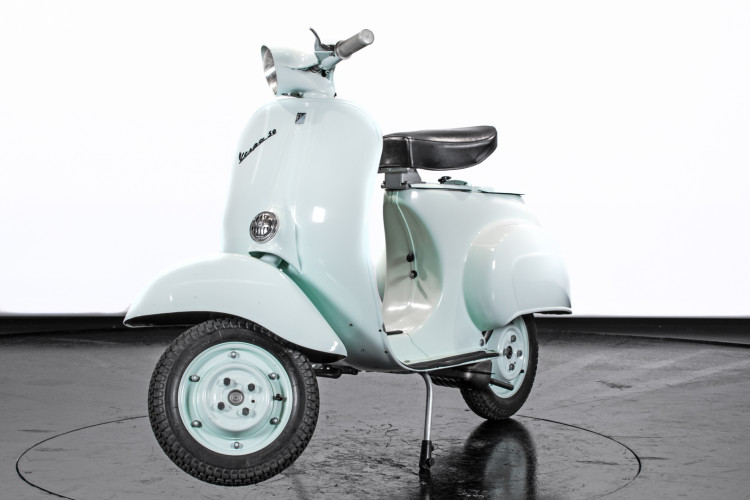 1964 Piaggio Vespa 50 N 4