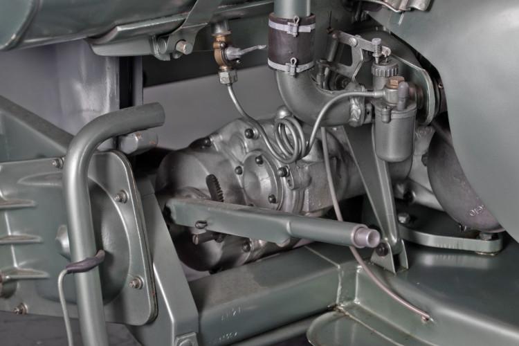 1954 Piaggio APE Cassone 150 11