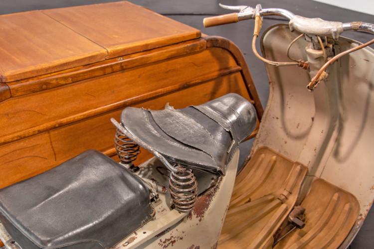 1953 Piaggio Vespa Sidecar faro basso 11