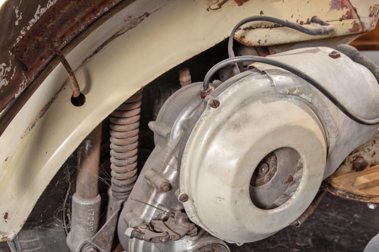1953 Piaggio Vespa Sidecar faro basso 24