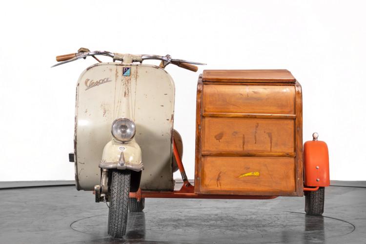 1953 Piaggio Vespa Sidecar faro basso 2