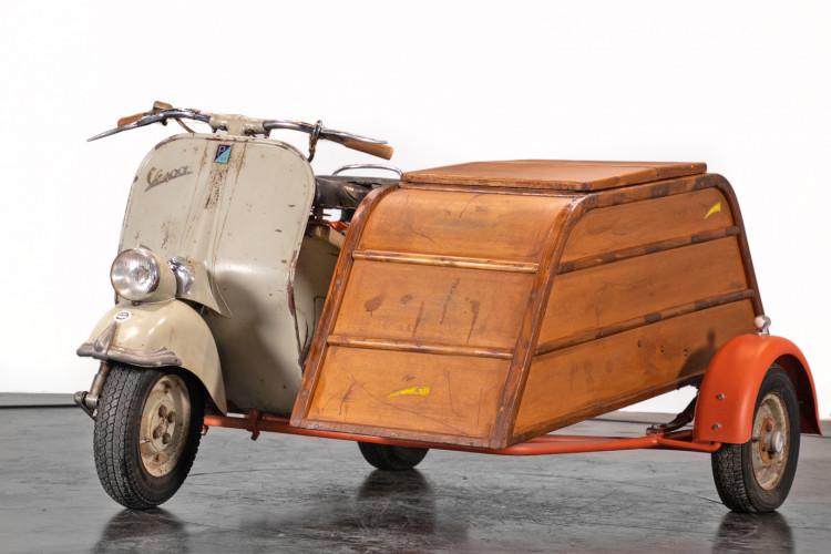 1953 Piaggio Vespa Sidecar faro basso 1