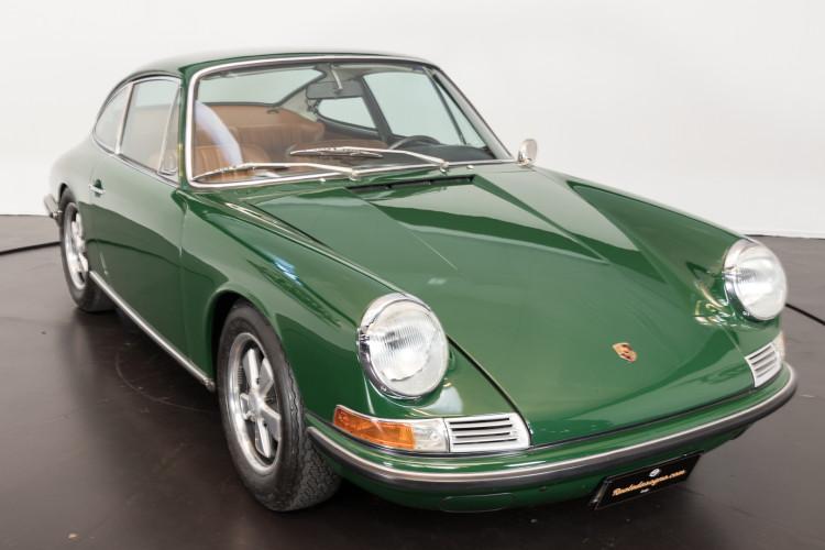 1967 Porsche 911S (passo corto) S.W.B. 2