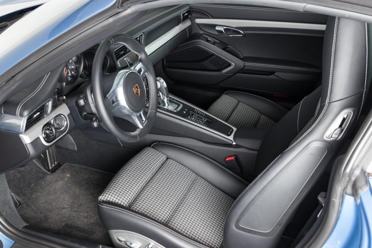 2016 Porsche 911 Targa 4S 30° Anniversario Porsche Italia 17
