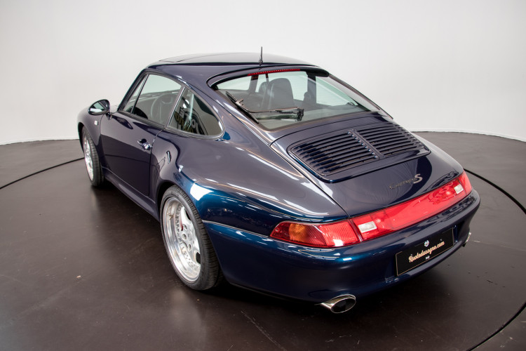 1997 Porsche 993 Carrera 2 S 10