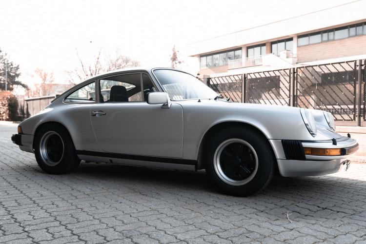 1977 Porsche 911 SC 2