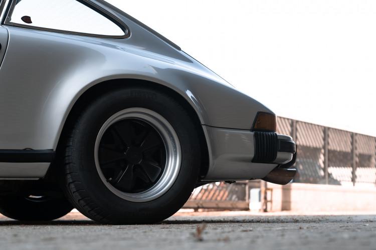 1977 Porsche 911 SC 13