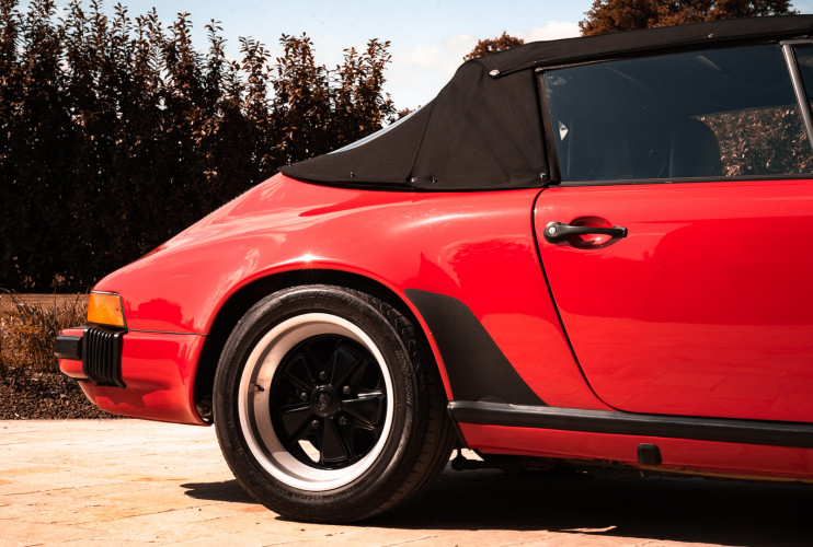 1988 Porsche 911 Carrera 3.2 Cabrio G50 14