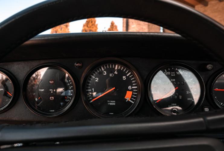 1988 Porsche 911 Carrera 3.2 Cabrio G50 30