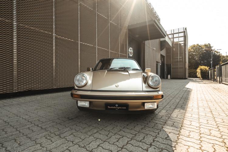 1985 Porsche 911 Carrera 3.2 Targa 5