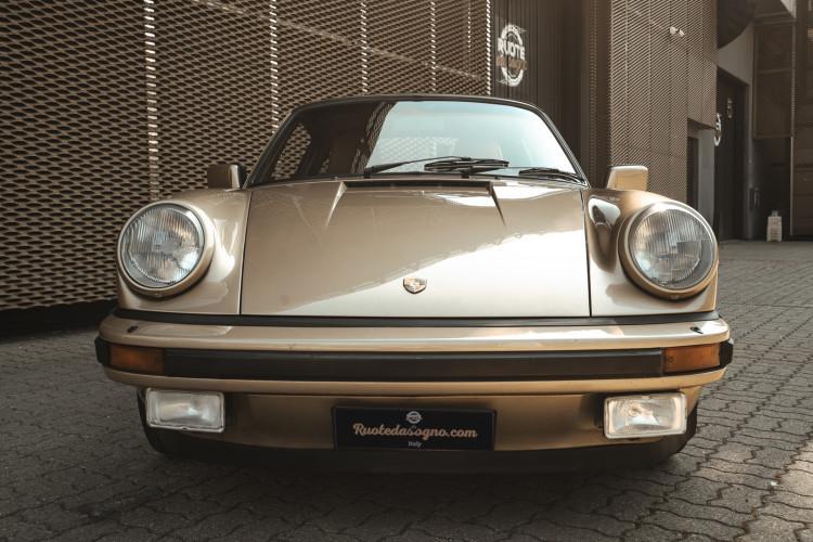1985 Porsche 911 Carrera 3.2 Targa 4