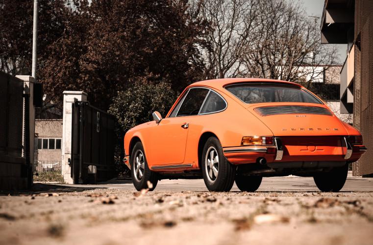 1969 Porsche 911 T 2.0 6