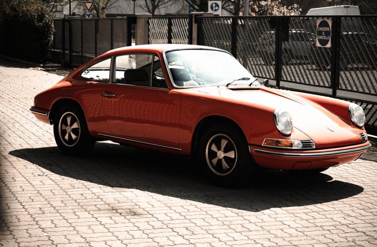 1969 Porsche 911 T 2.0 2