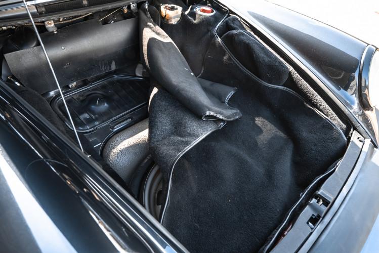 1986 Porsche 911 Carrera 3.2 Cabrio 42